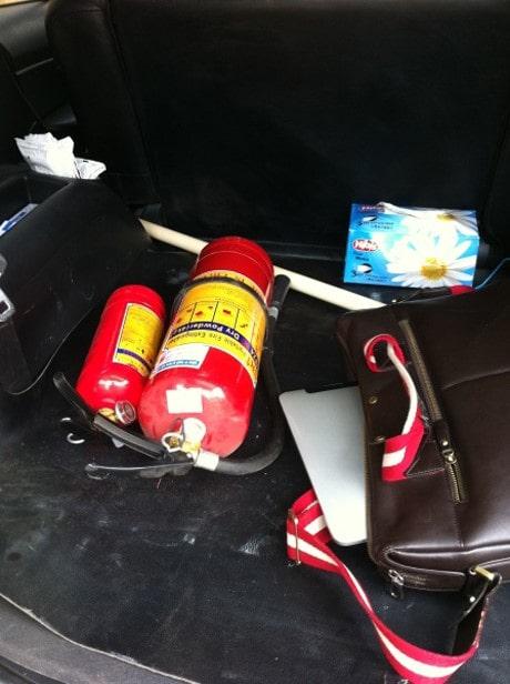 chọn bình chữa cháy cho xe ô tô